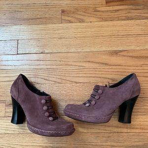 Born Crown Size 9 purple Leather Suede Heels